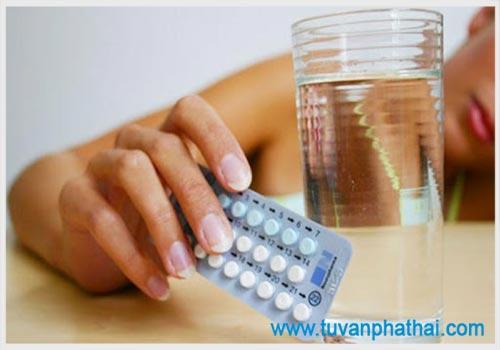 Uống thuốc điều hòa kinh nguyệt khi có thai có sao không?